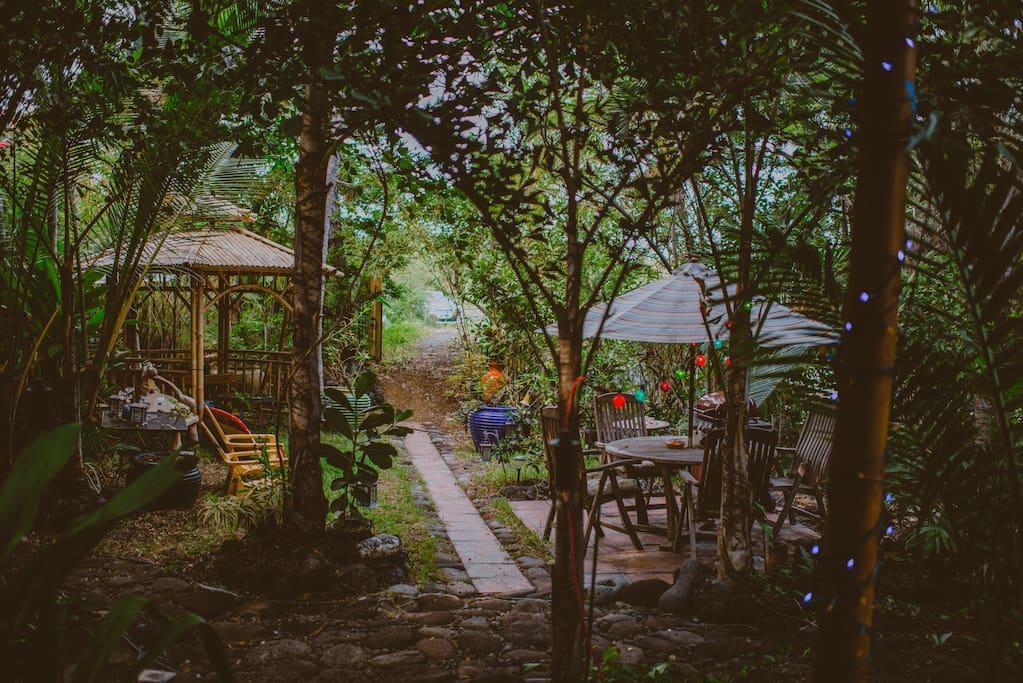 Kealakekua Bay Bali Cottage